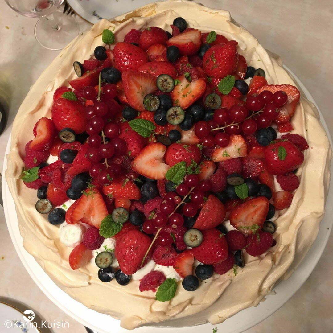 pavlova fruit rouge final